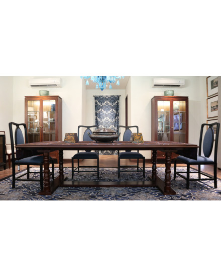 Kembang Ceplokan Dining Table