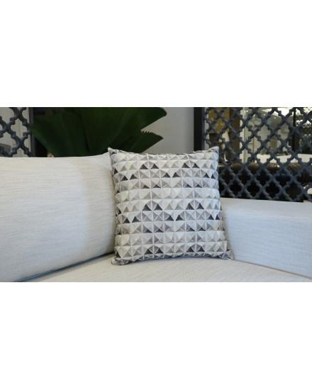 Ornate II K252-01 Cushion